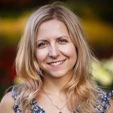 Redakcja weare, Izabela Danił - redaktor naczelna